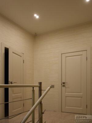 Двери деревянные из массива двухфиленчатые