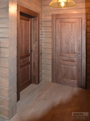 Двери деревянные из массива трехфиленчатые